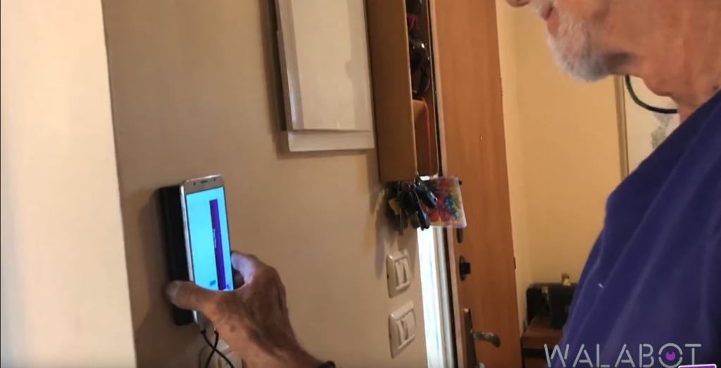Walabot Vs Flir One - ToolTally