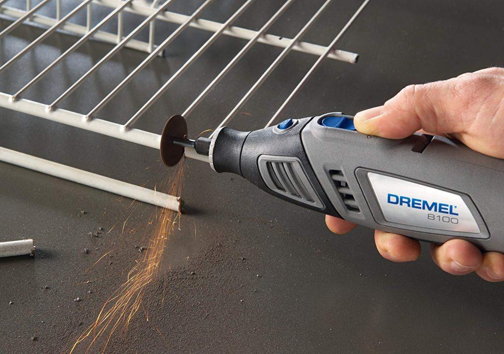 image of dremel 8100 cutting aluminum bars