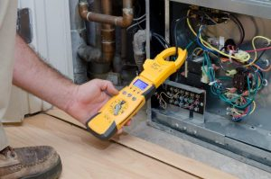 best hvac multimeter being used by technician